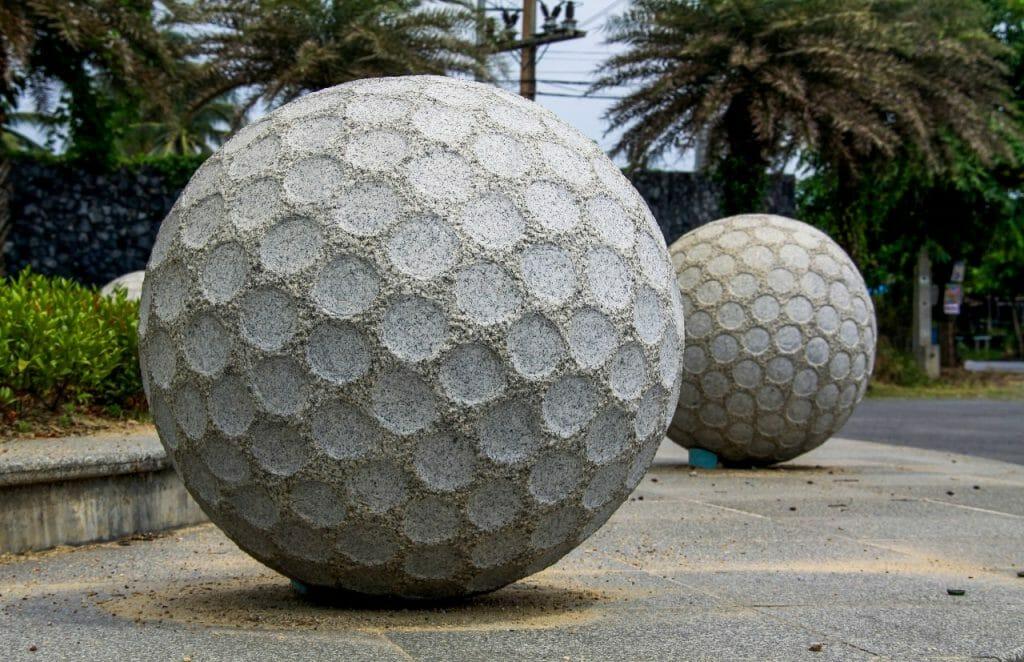 how much does a golf ball weigh?