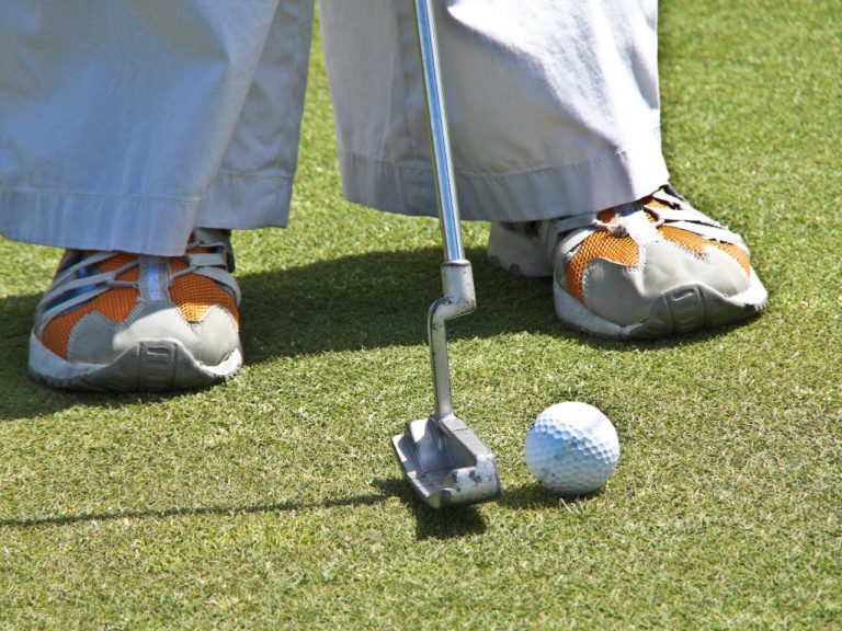 Do Golf Shoes Make a Difference? (or gimmick?)