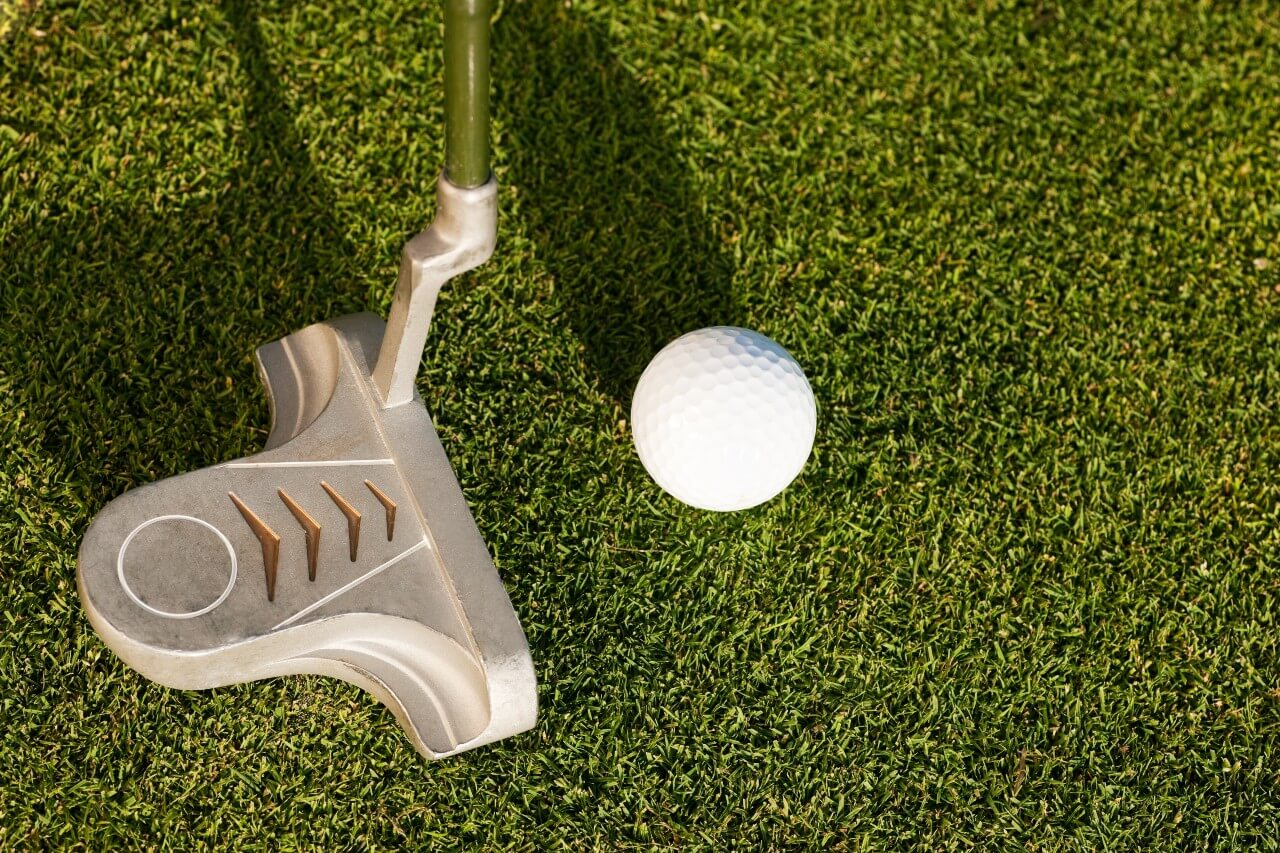 what is a golf putter