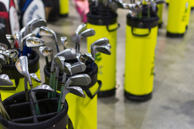 Do Golf Courses Rent Clubs? (or Sell Only)